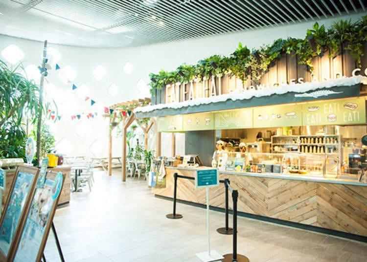 重點5. 「野餐咖啡廳EAT EAT EAT」內可以一邊眺望猛獸一邊享用午餐以及體驗品嘗不可思議的點心「吃的水」