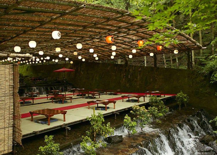 Kyoto-no-Okuzashiki, where summertime Kibune is 10 degrees cooler than the city