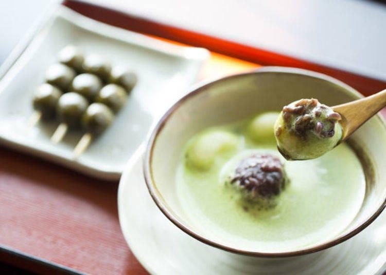 一杯一杯精心製作的和果子專用抹茶 用點茶法品味「抹茶紅豆湯」