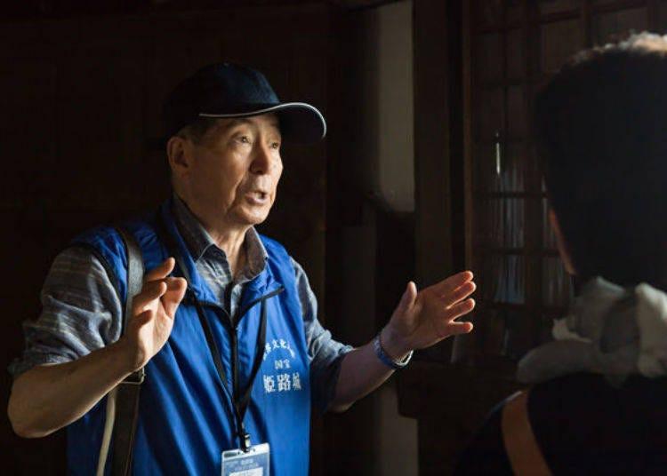 Himeji Castle Guide Service