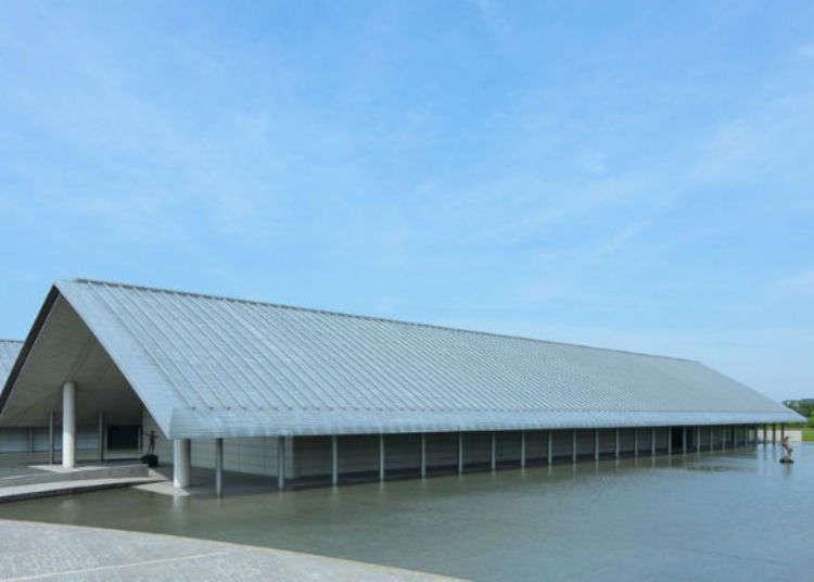 時尚且超酷的「佐川美術館」! 讓我們一起前往琵琶湖湖畔的藝術景點吧!