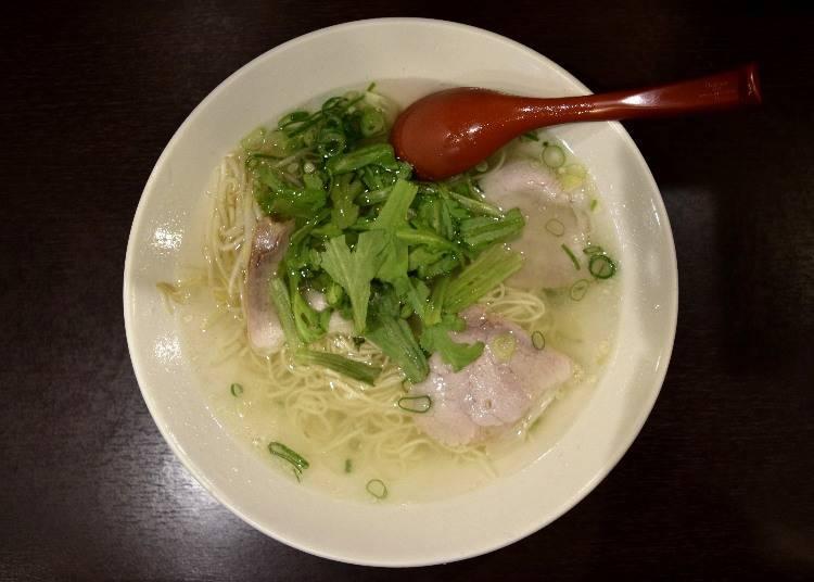 澄澈通透的湯頭「揚子江拉麵總本店」