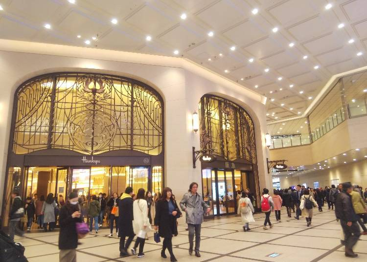A department store with food, culture, art, and more! The Hankyu Umeda Main Store