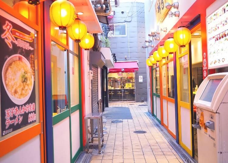 門外不出のスープが長年支持される「どうとんぼり神座 道頓堀店」