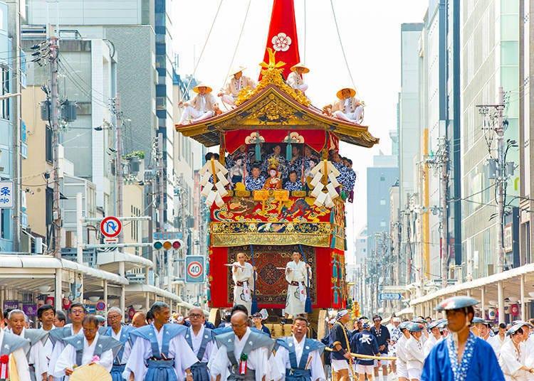 移動美術館和雄壯的神轎「祇園祭」
