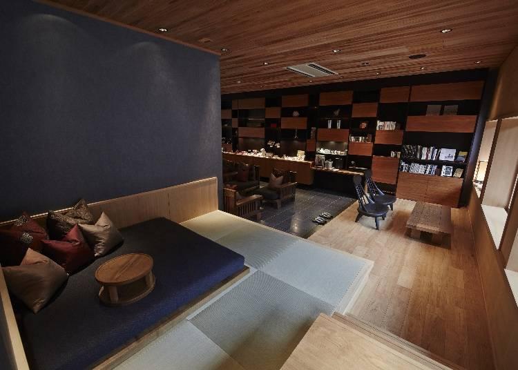 風景に心満たされる「空中茶室」