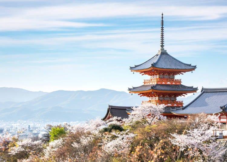 清水寺のシンボル的存在の「三重塔」