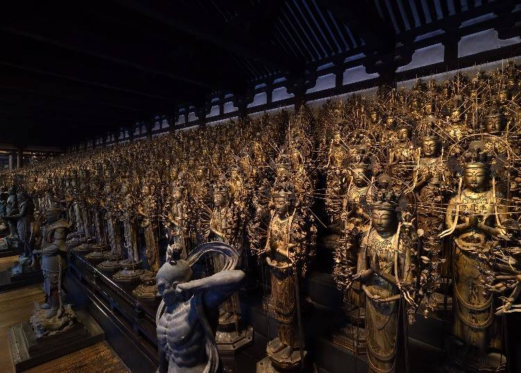 Standing Thousand-Armed Kannon Statues Surround the Stunning Central Image