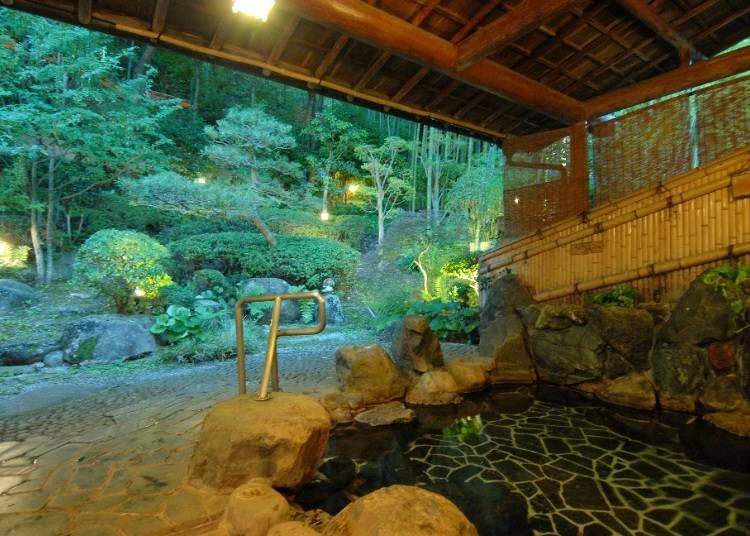 温泉付き客室もある和モダンな旅館「竹取亭 円山」