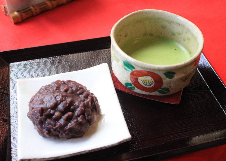 After Visiting Nigatsu-do Hall, Take a Break in the Ryuudo-do