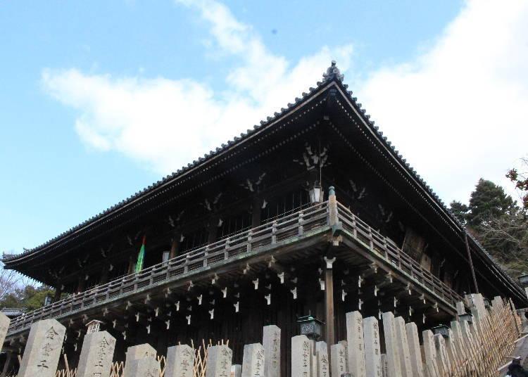 東大寺境內以取水聞名的「二月堂」