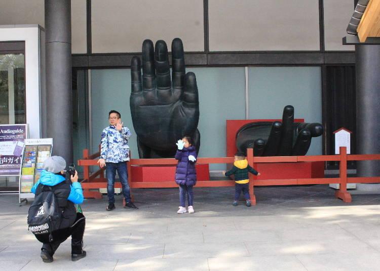 參拜完東大寺後,記得順道參觀「東大寺博物館」