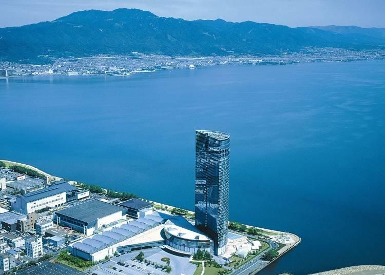 "The High-Rise Hotel with a Giant Panoramic View of Lake Biwa, ""Lake Biwa Otsu Prince Hotel"""