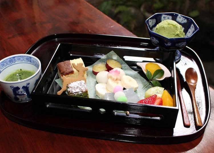 Enjoy Yamato-cha and chocolate! The matcha fondue is very tempting