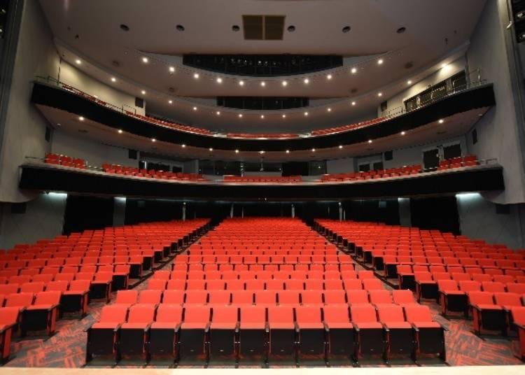 Kansai's first 2.5D musical theater