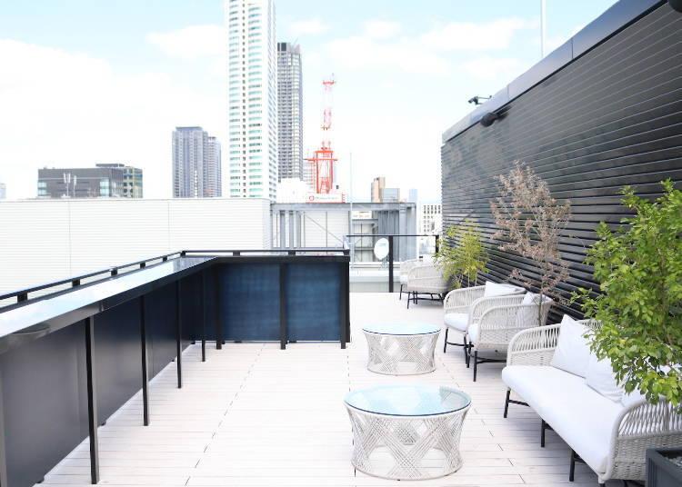 魅力3:「THE LIVELY大阪本町」的屋頂上和酒吧充滿都會時尚氣氛