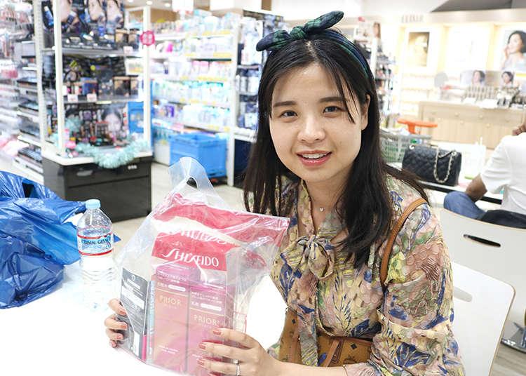 일본 드럭스토어인 '츠루하 드럭 신사이바시스지 2초메점'의 인기 비결을 묻다