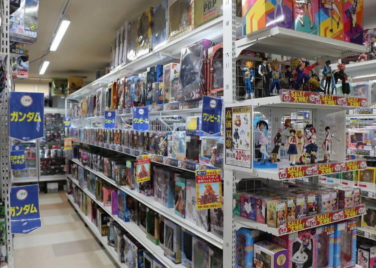 3. Surugaya Kobe Sannomiya 1st Shop: Popular With Tourists!