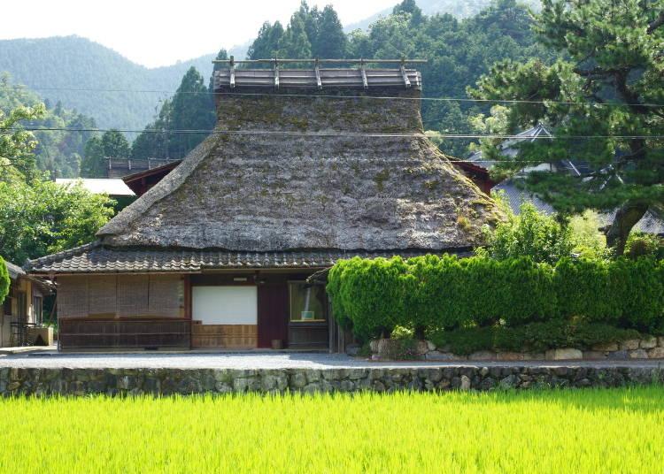 4.かやぶき屋根の古民家を満喫 【美山FUTON&Breakfast】