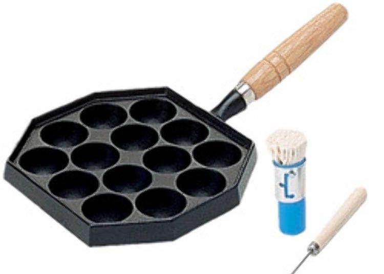 2. Induction range-compatible takoyaki pans