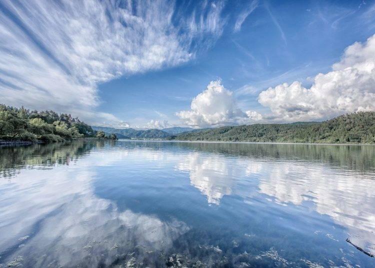 4. Lake Yogo: Japan's Uyuni Salt Flat that inspired the legend of celestial maidens (Shiga)