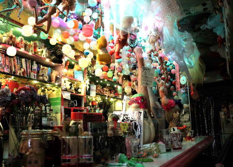 めちゃめちゃ怪しい…大阪屈指のアングラスポット「三ッ寺会館」に突撃してみた!