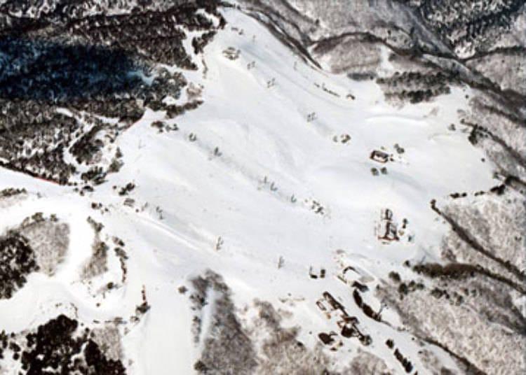 9. Hakodateyama Ski Resort (Shiga)