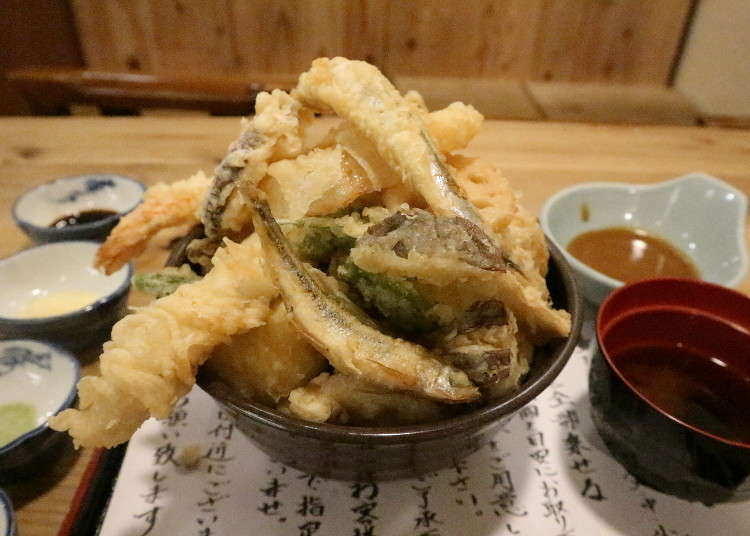 衝撃の「天ぷらのせ放題ランチ」が800円!だけどペロリと食べられるウマさ@大阪