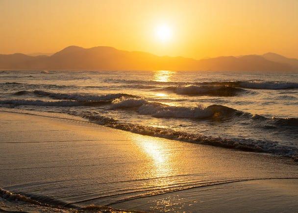 5) Yūhigaura Coast (Kyoto): Be enraptured by a dreamy sunset