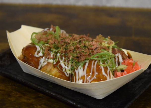 Nobody can say no to Kansai's soul food, takoyaki!