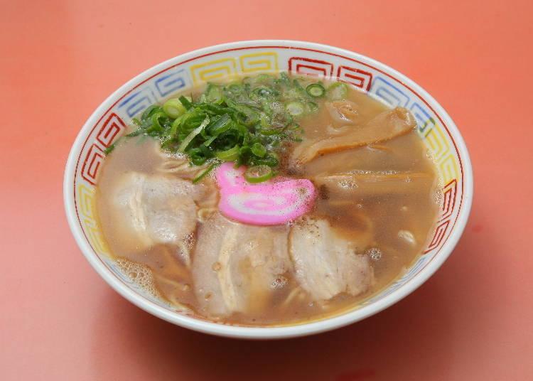 1 쇼유 베이스의 깊은 감칠맛이 특징인 '아로치 혼케 마루타카'