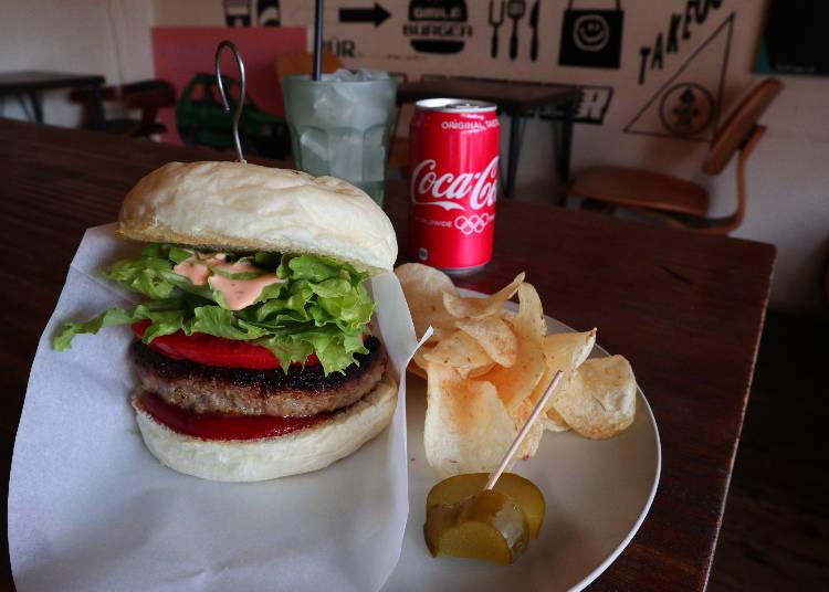 ボリューム満点の重量級ハンバーガー