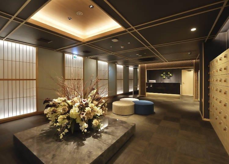 2. 전통과 모던이 공존하는 시크한 공간 'J-SHIP 오사카 난바'
