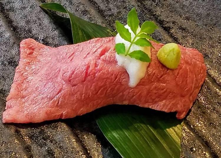 日本米推薦究極美味料理④:牛乃匠(兵庫)/神戶牛 炙燒壽司~佐香橙風味泡鹽~
