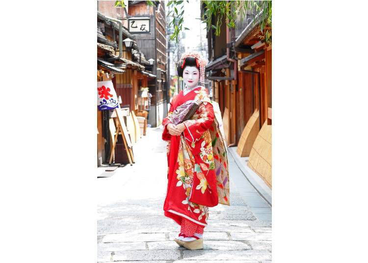 7. Dress up as a Maiko and learn more about Kyoto culture!