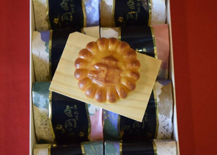 2.  「니치에이켄」에서는 명물, 금각사를 그린 만주 「긴카쿠노하나」가 각별