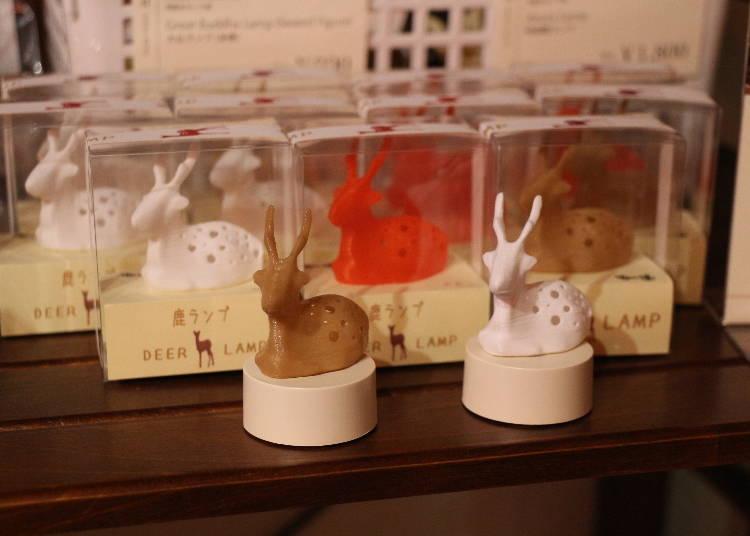 鹿ランプ(白・赤・コーヒーブラウン)