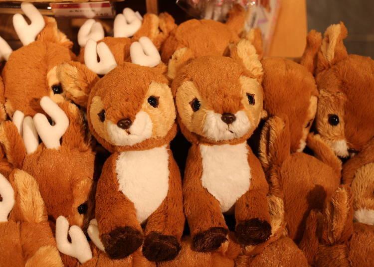 奈良車站周邊必買1. 小鹿造型玩偶「fluffies鹿」公鹿・母鹿