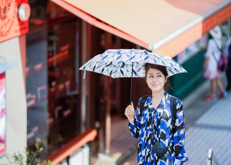 4 日差しから守る日傘や帽子が必須!