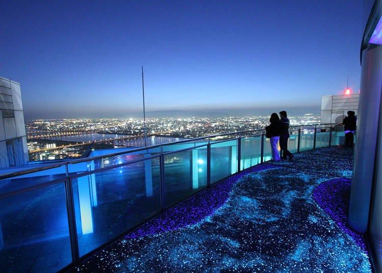 ■6:梅田スカイビルの「空中庭園」からの絶景ビューは必見!