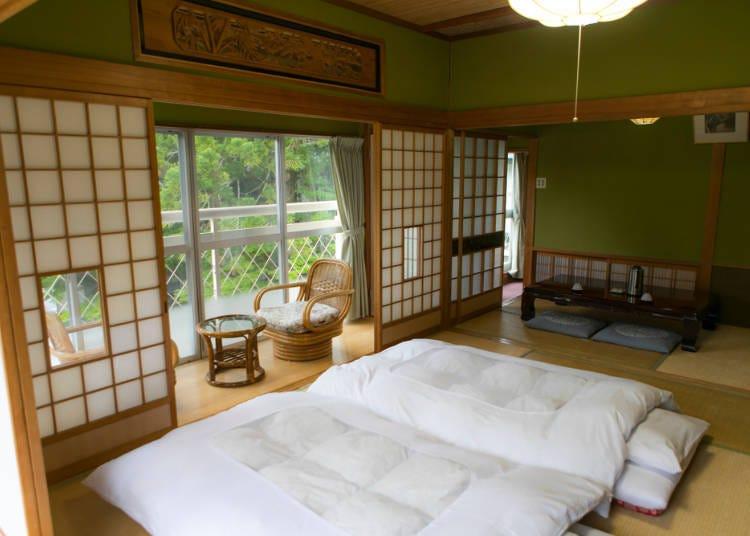 Q.전통 료칸에 숙박하려면 어디?