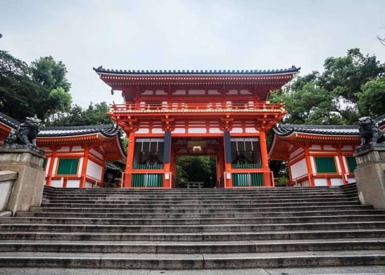 Q:想去充滿能量的神社,該選大阪還是京都?