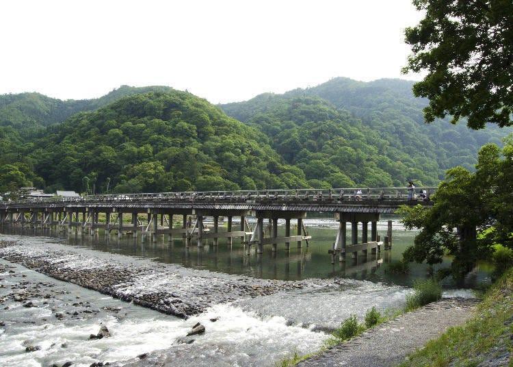 京都嵐山腳踏車之旅景點②嵐山象徵「渡月橋」