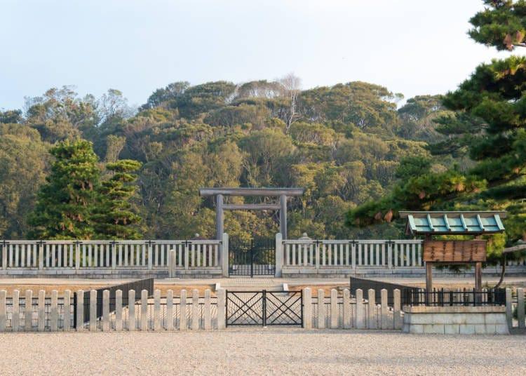 大阪免費景點推薦9.【堺】眺望世界三大陵墓之一、最大規模的古墳「仁德天皇百舌鳥耳原中陵」