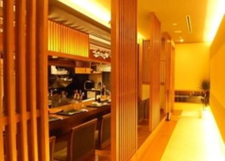8. 재패니즈 모던이 컨셉트인 공간에서 맛보는 럭셔리 가이세키 런치! '교토 기온 가와무라 료리헤이'