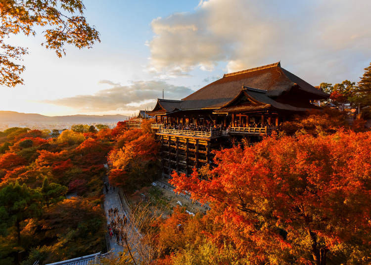 1. Kiyomizu-dera Temple: This is the true meaning of Kyoto in autumn!