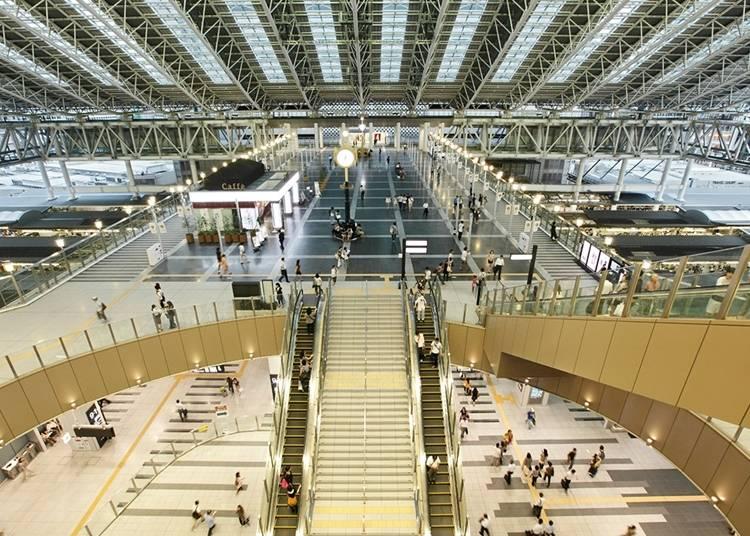 大阪景点㉒多家百货集结在一起的大阪车站城