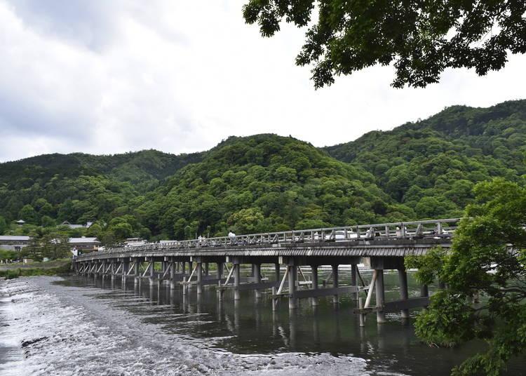 1.「渡月橋」を渡る