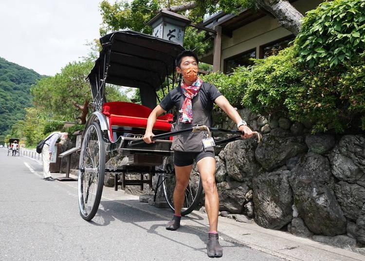 搭乘人力車,來個嵐山竹林小徑週邊觀光之旅吧