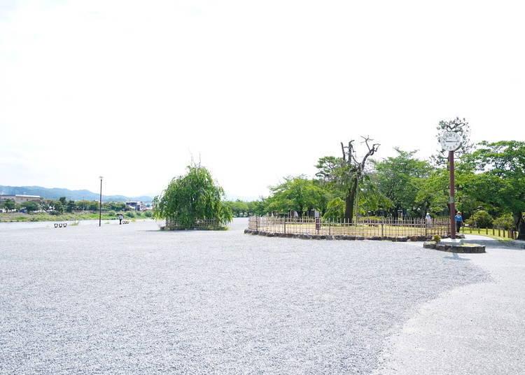 嵐山渡月橋周邊景點①嵐山公園・中之島地區